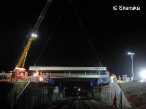 Railway bridge night work (large version)